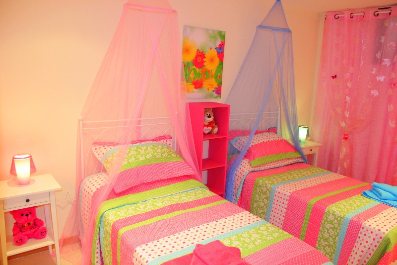 Комната для детей и кровати Тенерифе